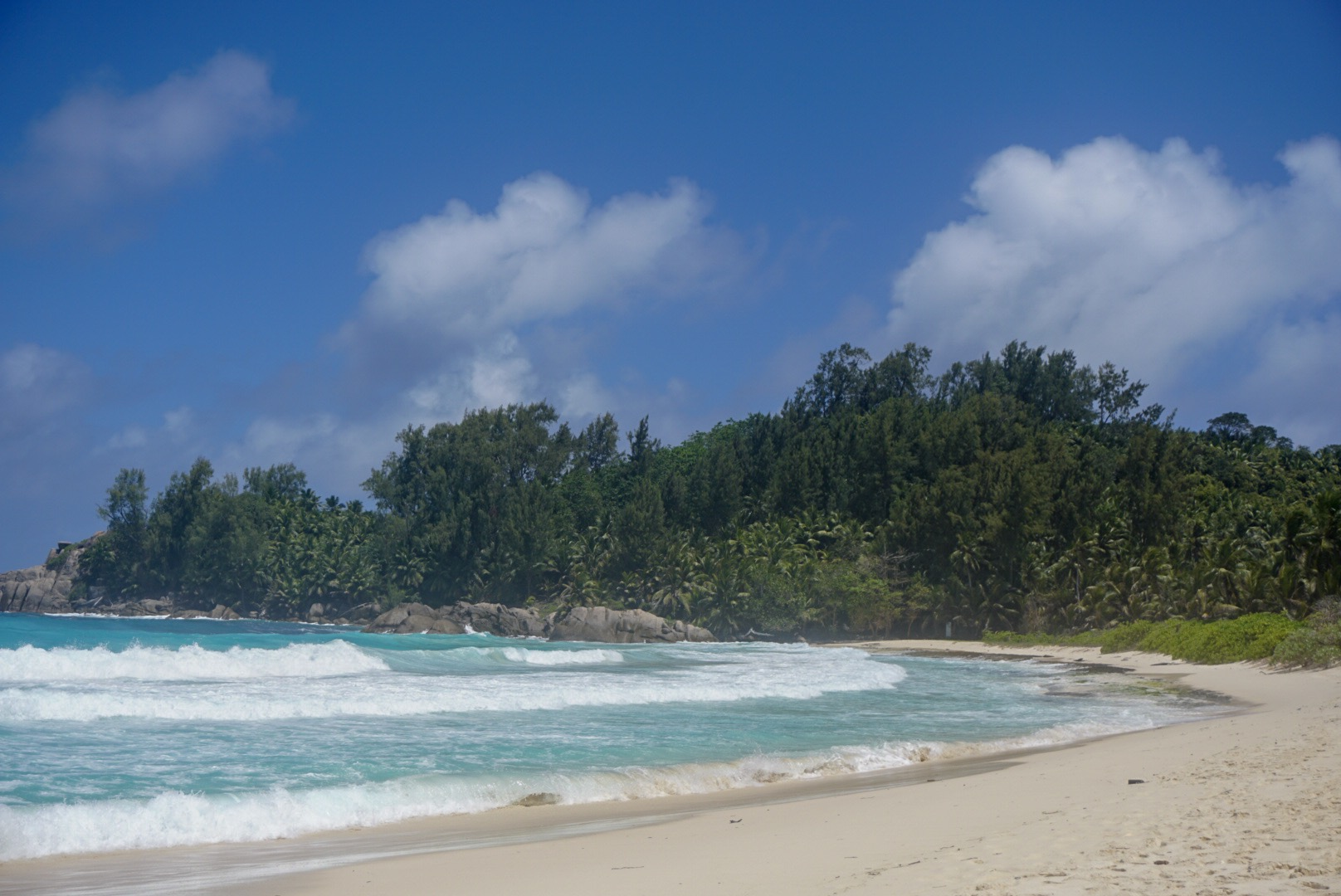 should i go to seychelles
